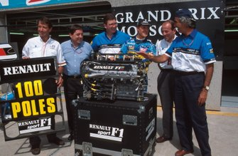 Renault celebrate their 100th pole position with Michael Schumacher, Benetton