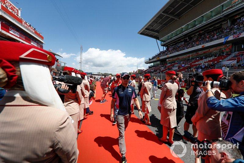 Sergio Perez, Racing Point, lors de la parade des pilotes