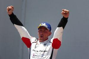 Il vincitore Enrico Fulgenzi, Tsunami RT