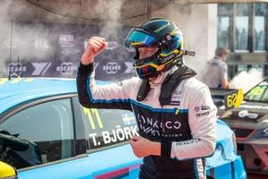 Yarış galibi Thed Björk, Cyan Racing Lynk & Co 03 TCR