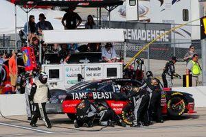 Tyler Reddick, Richard Childress Racing, Chevrolet Camaro TAME the BEAST pit stop