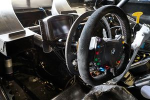 BMW M4 DTM, Cockpit, Modifikationen, Alex Zanardi