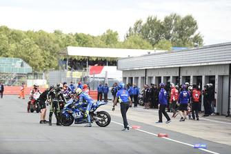Johann Zarco, Monster Yamaha Tech 3, Andrea Iannone, Team Suzuki MotoGP, Jorge Lorenzo, Ducati Team, attendent le début de la séance