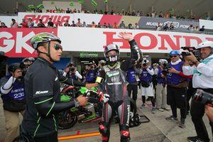 #11 Kawasaki Team GREEN