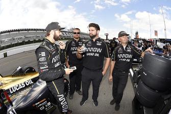 James Hinchcliffe, Schmidt Peterson Motorsports Honda en crew