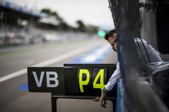 Pit board for Valtteri Bottas, Mercedes AMG F1