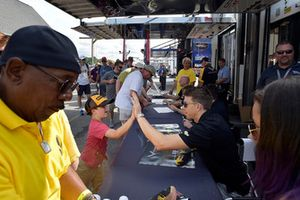 #4 Corvette Racing Chevrolet Corvette C7.R, GTLM - Oliver Gavin, Tommy Milner signs autographs for fans