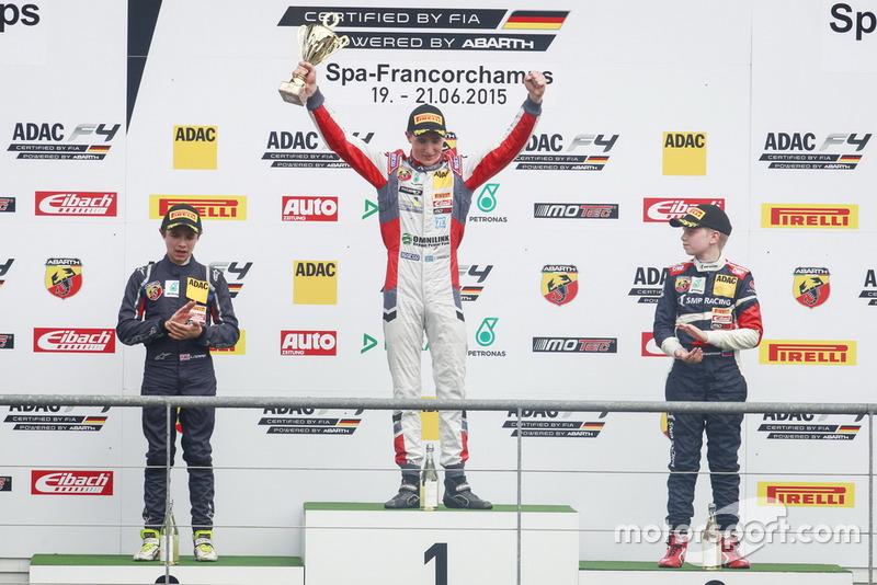 Podium : le vainqueur Joel Eriksson, Motopark, le deuxième Lando Norris, Mücke Motorsport, le troisième Robert Shwartzman, Mücke Motorsport