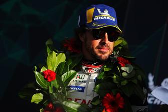 Podio: ganador #8 Toyota Gazoo Racing Toyota TS050: Fernando Alonso