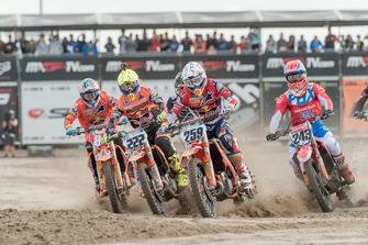 Salida: Glenn Coldenhoff, Tony Cairoli, Jeffrey Herlings, Red Bull KTM Factory Racing y Tim Gajser, Team HRC