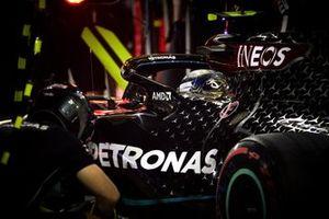 Valtteri Bottas, Mercedes F1 W11 pitstop