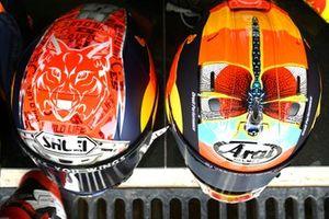 Helme: Deniz Öncü, Red Bull KTM Tech 3, Ayumu Sasaki, Red Bull KTM Tech 3