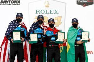 Ganadores #10 Wayne Taylor Racing Acura ARX-05 Acura DPi: Ricky Taylor, Filipe Albuquerque, Alexander Rossi, Helio Castroneves