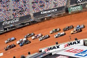 Chandler Smith, Kyle Busch Motorsports, Toyota Tundra JBL, Johnny Sauter, ThorSport Racing, Toyota Tundra Vivitar/RealTree