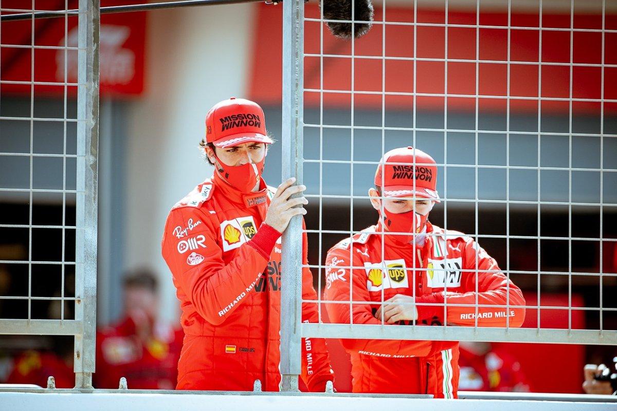 Carlos Sainz Jr., Charles Leclerc, Ferrari