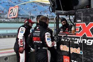 Harrison Burton, Joe Gibbs Racing, Toyota Supra Hunt Brothers Pizza/DEX Imaging, crew members