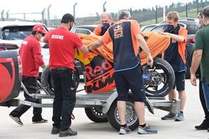 La moto de Miguel Oliveira, Red Bull KTM Factory Racing tras el accidente