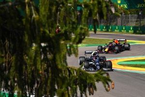 Pierre Gasly, AlphaTauri AT02, Max Verstappen, Red Bull Racing RB16B