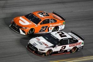 Bubba Wallace, 23XI Racing, Toyota Camry, Brad Keselowski, Team Penske, Ford Mustang Discount Tire
