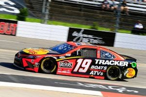 Martin Truex Jr., Joe Gibbs Racing, Toyota Camry Bass Pro