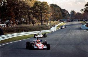 Niki Lauda, March 721G, Peter Revson, McLaren M19C