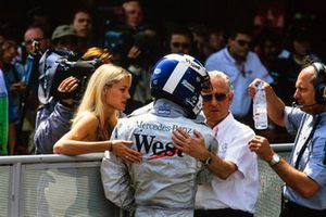 David Coulthard with his girlfriend Heidi Wichlinski, and Ron Dennis, Team Principal, McLaren