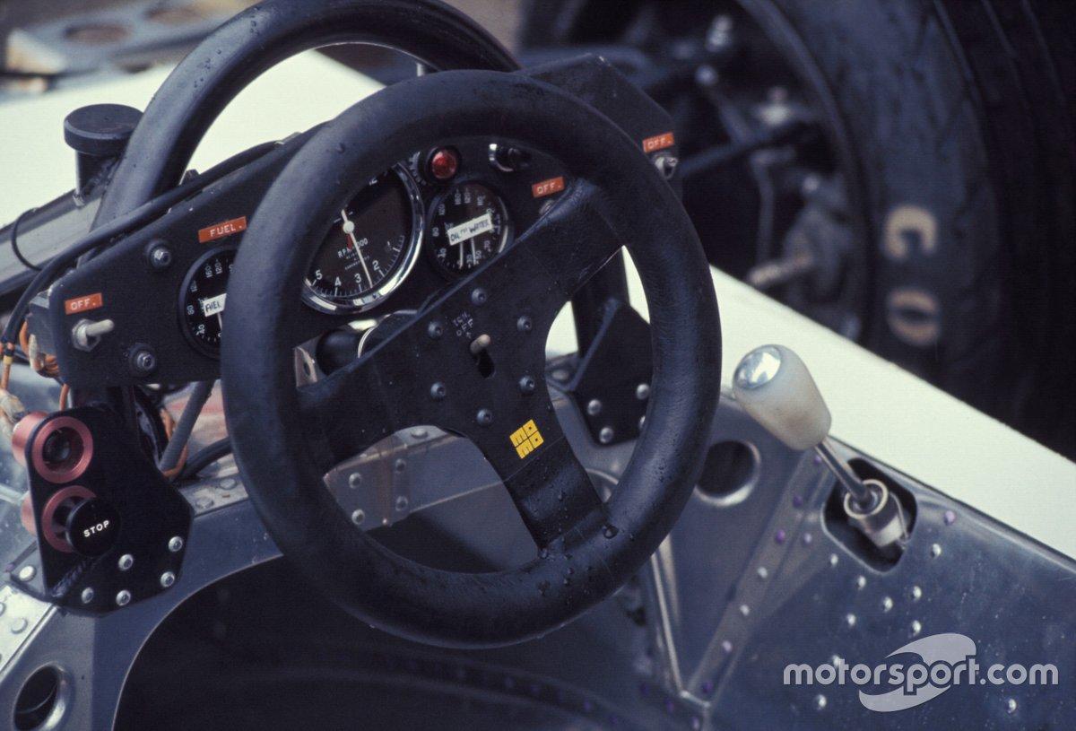 Руль Surtees TS19 на Гран При ЮАР 1979 года
