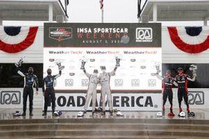#7 Acura Team Penske Acura DPi, DPi: Helio Castroneves, Ricky Taylor, podium, #10 Konica Minolta Cadillac DPi-V.R. Cadillac DPi, DPi: Renger Van Der Zande, Ryan Briscoe, #31 Whelen Engineering Racing Cadillac DPi, DPi: Pipo Derani, Felipe Nasr