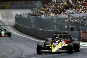 Derek Warwick, Renault RE60B