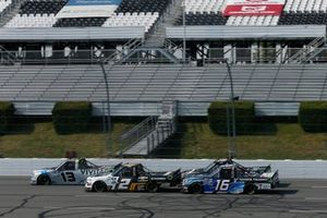 Johnny Sauter, ThorSport Racing, Ford F-150 Tenda, Sheldon Creed, GMS Racing, Chevrolet Silverado Chevy Accessories and Austin Hill, Hattori Racing Enterprises, Toyota Tundra Toyota Tsusho