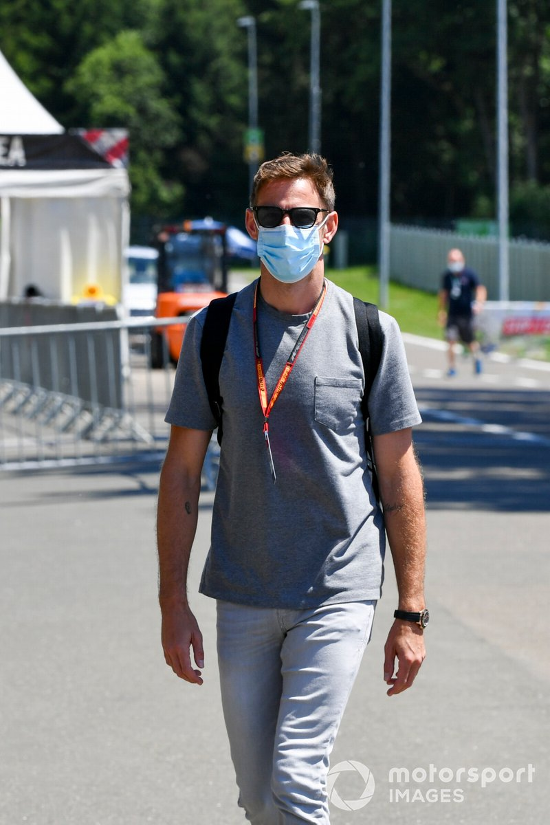 Jenson Button, Sky TV arrives at the track