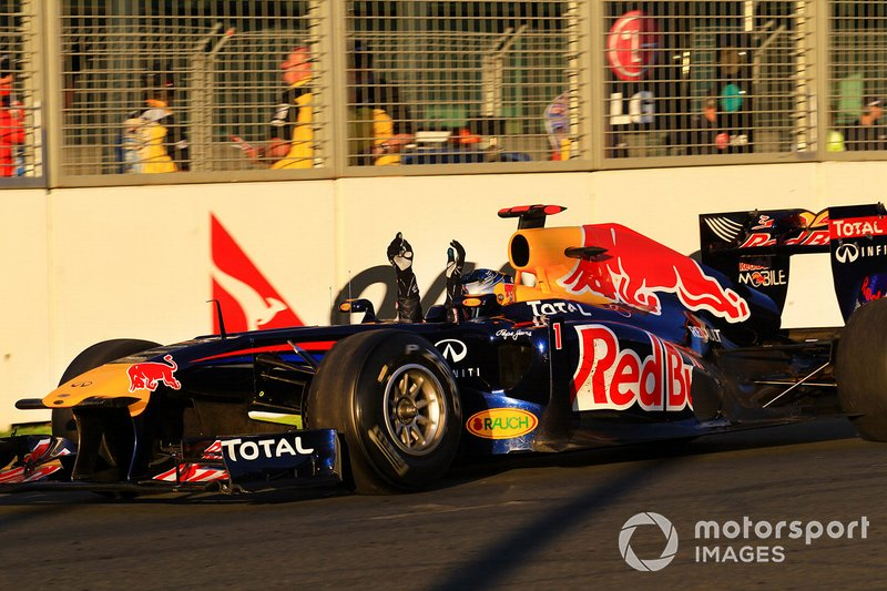 Le vainqueur Sebastian Vettel, Red Bull Racing RB7