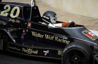 Jacky Ickx, Wolf-Williams FW05