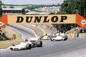 Graham Hill, Brabham BT37 Ford, Wilson Fittipaldi, Brabham BT34 Ford y Mike Beuttler, March 721G Ford