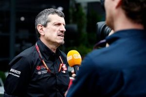 Guenther Steiner, Team Principal, Haas F1 talks to the press