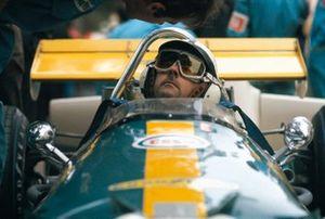 Jack Brabham, Brabham BT33 Ford dans les stands