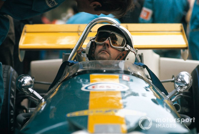 Jack Brabham, Brabham BT33 Ford sits in the pits