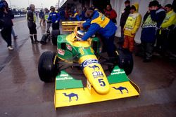 Michael Schumacher, Benetton Ford B193B in the pits
