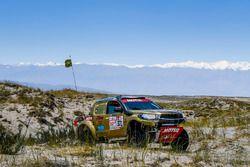 #371 Toyota: Omar Eliseo Gandara, Leonardo Martinez