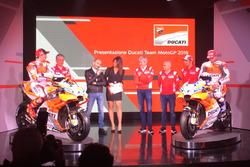 Claudio Domenicali, CEO Ducati, Davide Tardozzi, Team Manager Ducati y Paolo Ciabatti, Director Deportivo Ducati, Luigi Dall'Igna, Jorge Lorenzo, Andrea Dovizioso, Michele Pirro