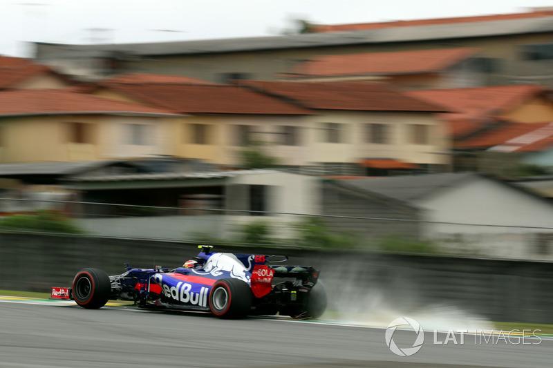19: Pierre Gasly, Scuderia Toro Rosso STR12 (penalti 15 grid)