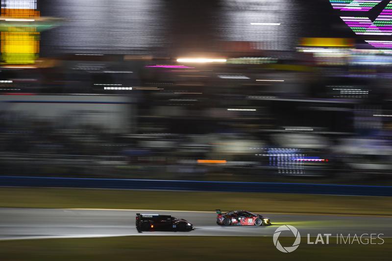 #93 Michael Shank Racing Acura NSX, GTD: Lawson Aschenbach, Justin Marks, Mario Farnbacher, C™me Ledogar