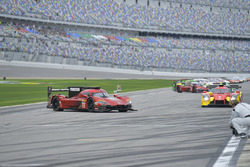 #55 Mazda Team Joest Mazda DPi, P: Jonathan Bomarito, Spencer Pigot, Harry Tincknell stranded on gri