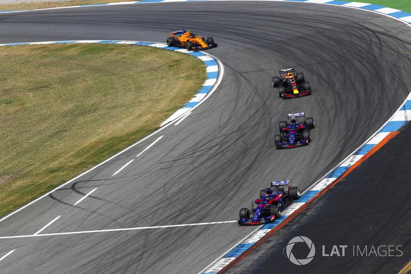 Brendon Hartley, Toro Rosso STR13, Pierre Gasly, Toro Rosso STR13, Daniel Ricciardo, Red Bull Racing RB14, Stoffel Vandoorne, McLaren MCL33