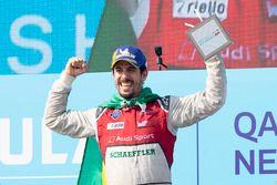 Lucas di Grassi, Audi Sport ABT Schaeffler, festeggai sul podio dopo la vittoria della gara