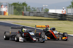 Jonathan Aberdein, Motopark Dallara F317 - Volkswagen, Keyvan Andres, Van Amersfoort Racing Dallara