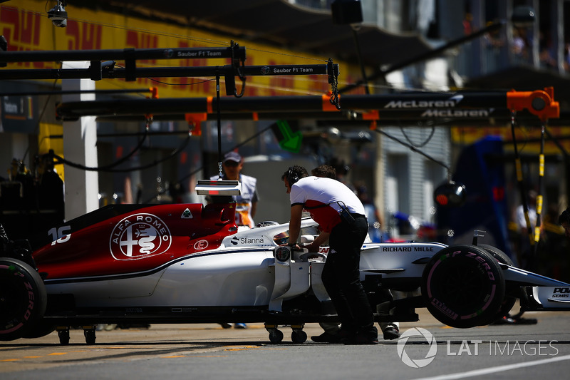 Charles Leclerc, Sauber C37, is returned to the garage