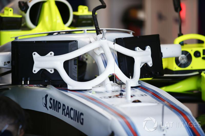 Sergey Sirotkin, Williams FW41 Mercedes, con las pantallas y la visión no tan amigable del Halo