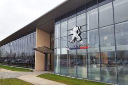 Edificio de la fábrica de PSA
