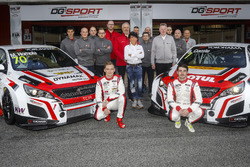 Mato Homola, DG Sport Competition Peugeot 308TCR, Aurélien Comte, DG Sport Competition Peugeot 308TCR with the team